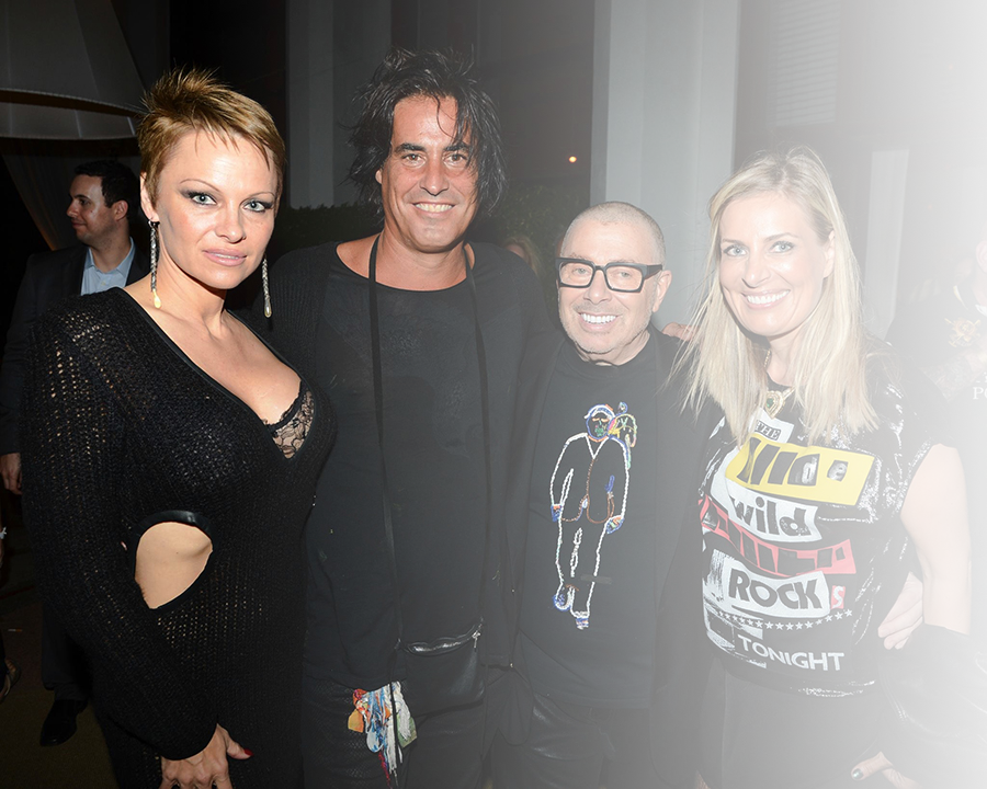 <h4><br>RAPHAEL MAZZUCCO with guest PAM ANDERSON<br>Collected art at Delano South Beach<br>December 4, 2014</h4>