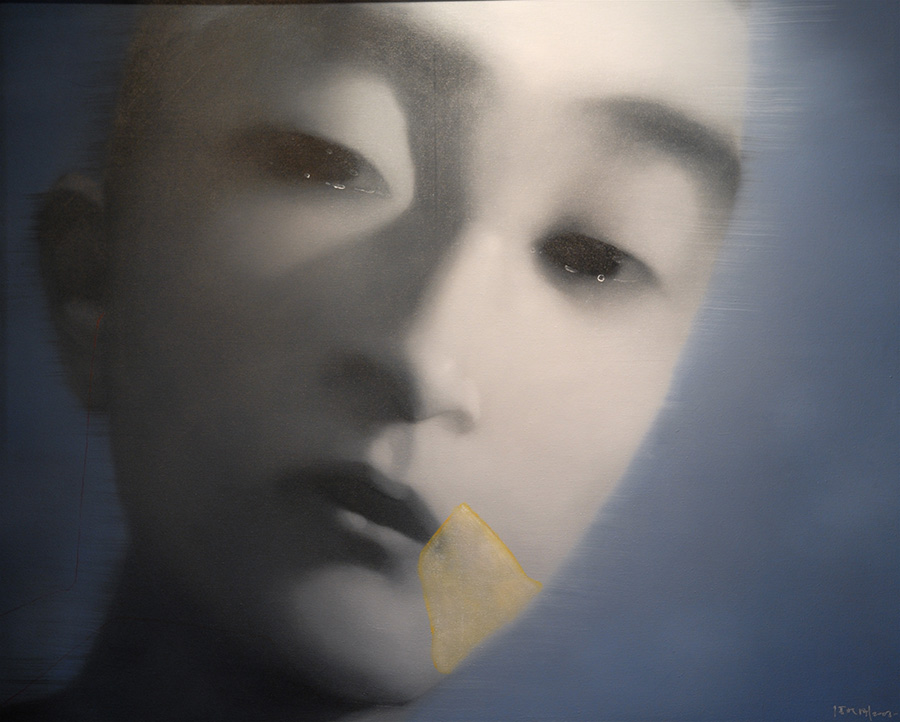 <h4> In the Leland Hirsch Private Collection<br><strong>ZHANG XIAOGANG </strong><br><em>Amnesia and Memory Man</em><br>2003<br>Oil on canvas<br>47 1/4 x 59 in.</h4>